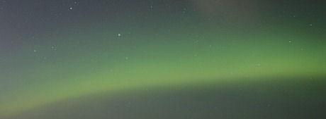 オーロラが北海道で見える条件を探してデジカメで撮影する