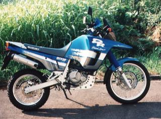 大型の単気筒バイクの特徴とは?市販の最大ビッグシングルバイクはどれ